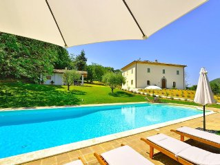 Luxury villa with huge private swimming pool, gardens, views and 5 bedrooms
