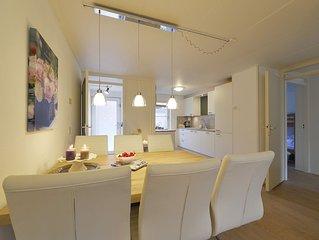 Fleurig licht comfortabel appartement in romantisch Veere vlakbij strand en zee!