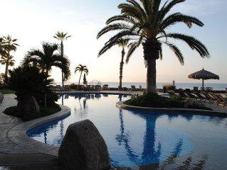 Beautiful 2 BD/2 BA condo on Costa Azul Beach!