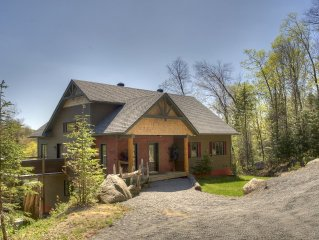 Huge Luxury Waterfront Cotage With 4 Bedrooms Near Tremblant