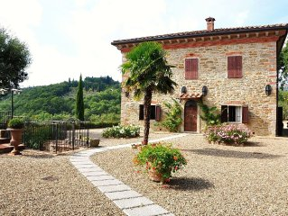 Villa in Capolona with 7 bedrooms sleeps 13