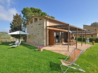 Villa in Ponte A Bozzone with 1 bedrooms sleeps 4