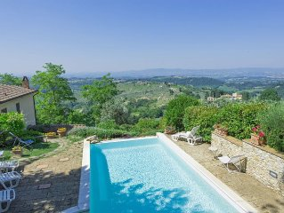 Apartment in Tavarnelle Val Di Pesa with 1 bedrooms sleeps 2
