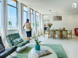 COPACABANA'S BEACH HOUSE, 300 METERS,5 BEDROOMS EACH WITH PRIVATE BATHROOM. NEW!