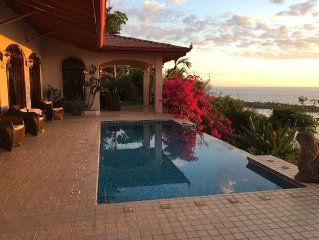 Pacific Coastal Luxury Villa. Oceanfront View! Si Sea See!