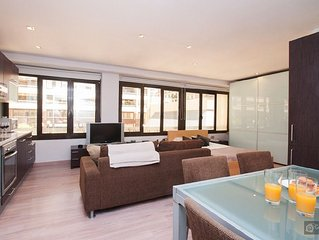 Modern loft for 2 people close to Plaza Espana - Barcelona