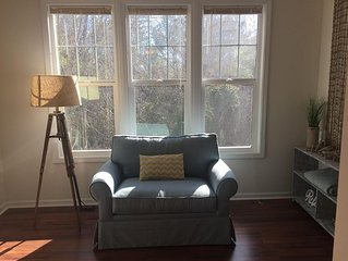 Cozy Charleston, SC Condo Convenient To Beaches And Downtown!