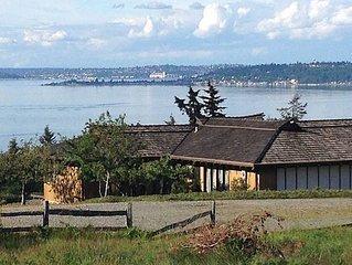 Panaramic View Of Ferries, Puget Sound, Seattle City Views, Cascade & Olympics