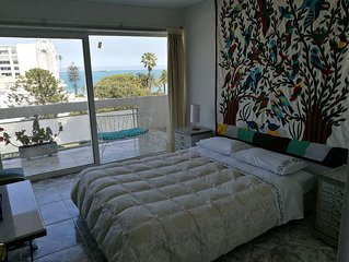 Enjoy Viña at it's Best, Beautiful apartment for 6 with Ocean view