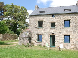 Charming house, sleeps 6-8, 10 minutes from La Trinité sur Mer or Carnac