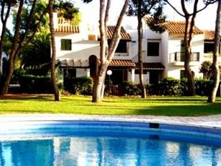 Apartment with community pool, located at only 150 meters of the beach