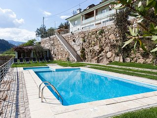 House along the Douro River w / private access to the river