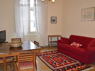 Spacious and bright apartment with private parking 5 minutes from the center