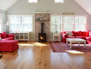 Magical Family Getaway in the Stockbridge Woods mins to Tanglewood, Lenox & GB