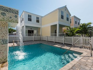 Sweet Serenity - Gorgeous New Home One Block From Duval w/ Patio & Pool