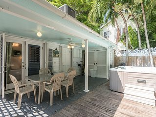 Amelia House- Private Hot Tub, Half Block To Duval St - Sleeps 8!