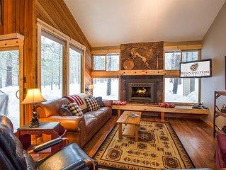 3 Bdrm Mountain Cabin, Short Walk to SHARC!  NEW Hot Tub & Deck -Leisure 5