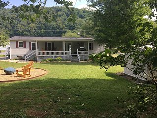 Every Fisherman's Dream! Located on the beautiful Watauga River!