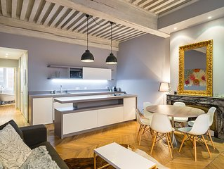 In the heart of old Lyon 80 m2 designer apartment