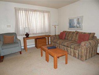 1 bedroom vacation rental with gas fireplace, covered private deck and extra ba