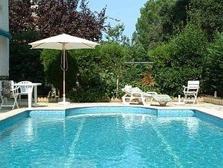 Detached villa with Private Pool in historic village, family friendly