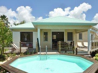 Contemporary villa classified 4 *, pool, garden, sea view, Sainte Anne