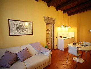 Luxurious apartment for 4 guests in the center of Ferrara