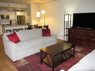 Extra Large 2-bdrm, 2 bath at Harbor Steps - Walk to Pike Place, Waterfront!
