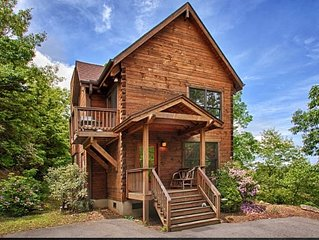 Vali Hi-Luxurious Asheville Timber Cabin ; Spectacular Views, Close to Asheville