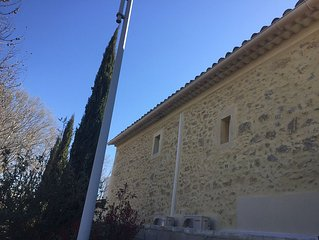Maison Provençale en pierre de 150m2 avec piscine  3,5 x 7m sécurisée