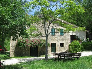 7 km away from Assisi. Antique stone house in the Park of Mount Subasio. There
