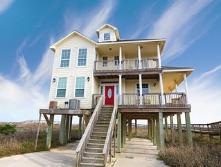 Beautiful Beachfront Property w/Private Walkover to the Beach