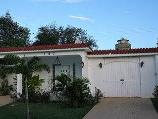 El Faro Surf House!!  Less Than 2 mi From Airport And Surf