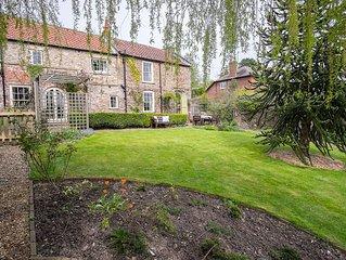 Charming Victorian Cottage. Private Garden, Spectacular Views. 4* Gold. Sawdays