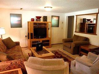 Prime 1-bedroom plus a den, 1-bath ski-in/out daylight basement property