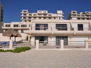 3 Bedroom 2.5 Bath Beachfront Condo for Rent