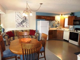 Mountainside 102: 2.5 BR / 2 BA condo in Granby, Sleeps 10