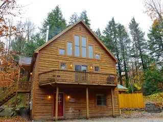 Lake/Ski Chalet mins to Sunday Rvr, N. Pond 1min away, 2 Kitchens, HotTub,GameRm