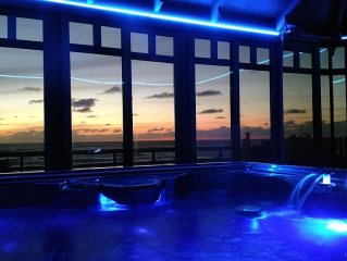 Conrad Cottage~New Hot Tub!
