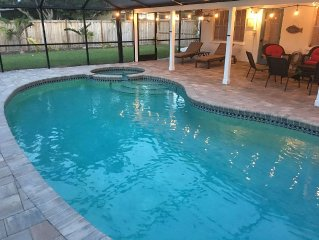 Spacious & Clean Private Home with Screened in Heated Pool & Spa!