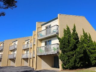 Oceanfront 3 Bedroom Condo, Flexible Stay & Check In Day Pattern, Outdoor Pool