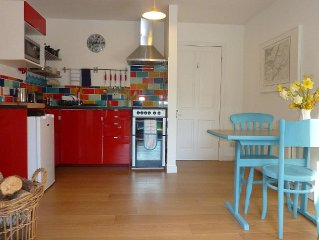 Delightful Studio, close to Cuil Bay on the shores of Loch Linnhe