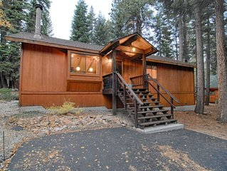 Economical Cabin with Deck and Grill! Sleeps 6
