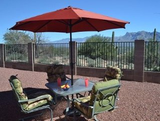 Delightful, cozy home w/ unforgettable mtn views close to golf & shopping
