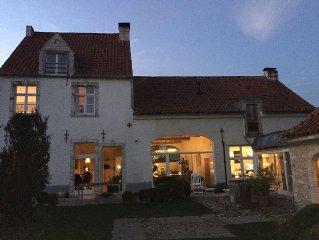 Prachtige, ruime en comfortabele 19e eeuwse stijl huis op het platteland