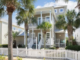 Beach House-4 Bedrooms,3 Baths,Sleeps 12,Community Pool, 2 Min Walk to Beach!