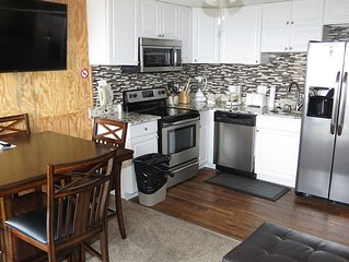 Sale:40%off:282:Free parking,Wifi*SnowGuarntee,Renovated2BR/2Bath*Ski in/Out