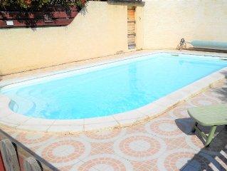 Villa 200 m2 piscine privee Sommieres - 4 etoiles - Clevacances 3 cles -