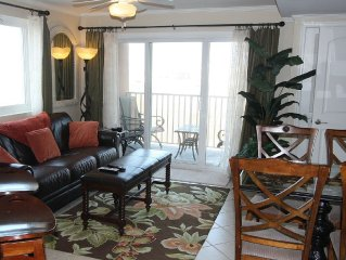 Classy Bayfront Makai -Linens/Towels/Supplies incl - Block to Beach -Open all yr