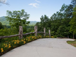 Views! Mountain Escape - Relaxing, Close to Asheville & everything/Navitat